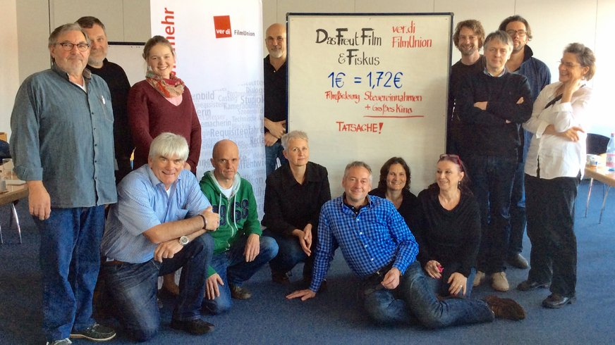Grüße vom SET: Aktion gegen DFFF-Kürzung | ver.di FilmUnion – Mitglieder des Vorstandes und des Tarifausschusses